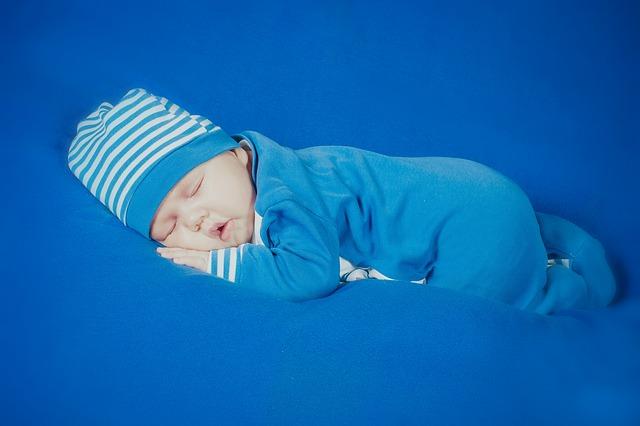 novorozený chlapeček.jpg