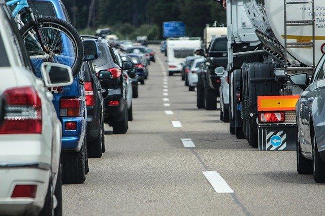 kolony na dálnici