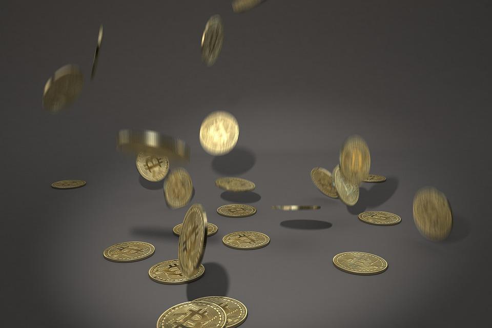 padající mince